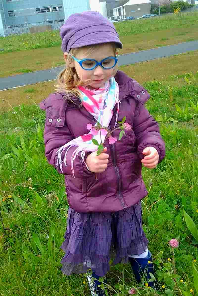 Zimno, mokro ale znalazłam kwiatka :-)
