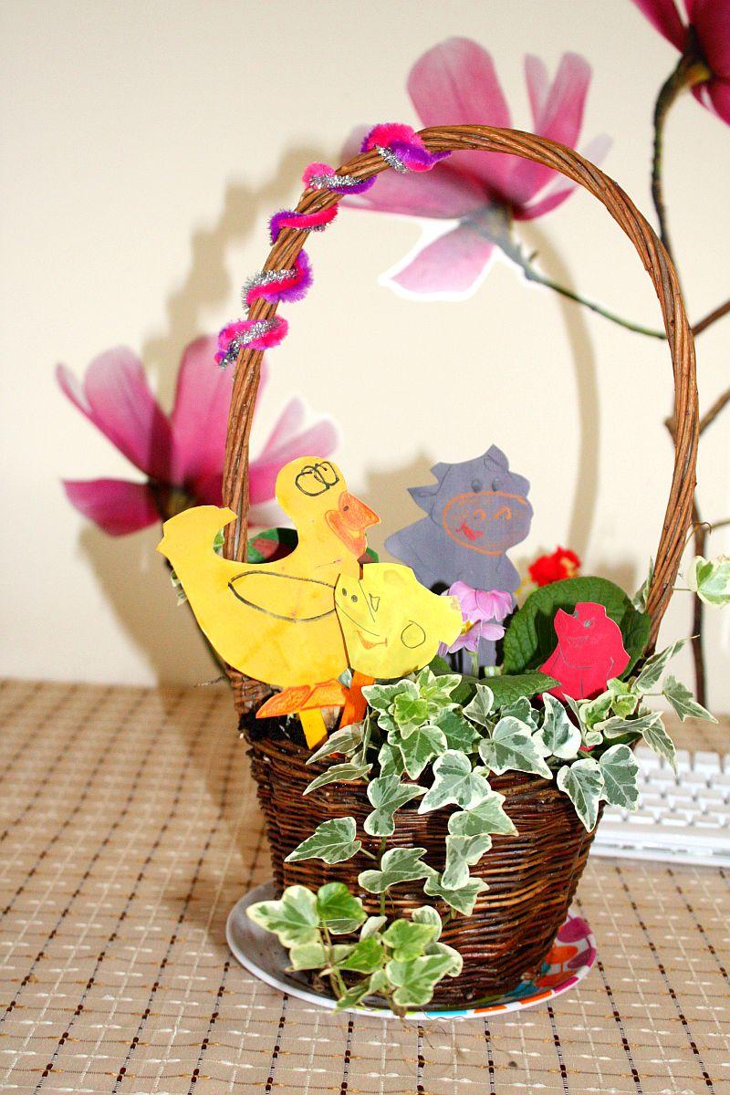 Zrobione z mamą ozdoby do kwiatów :-)