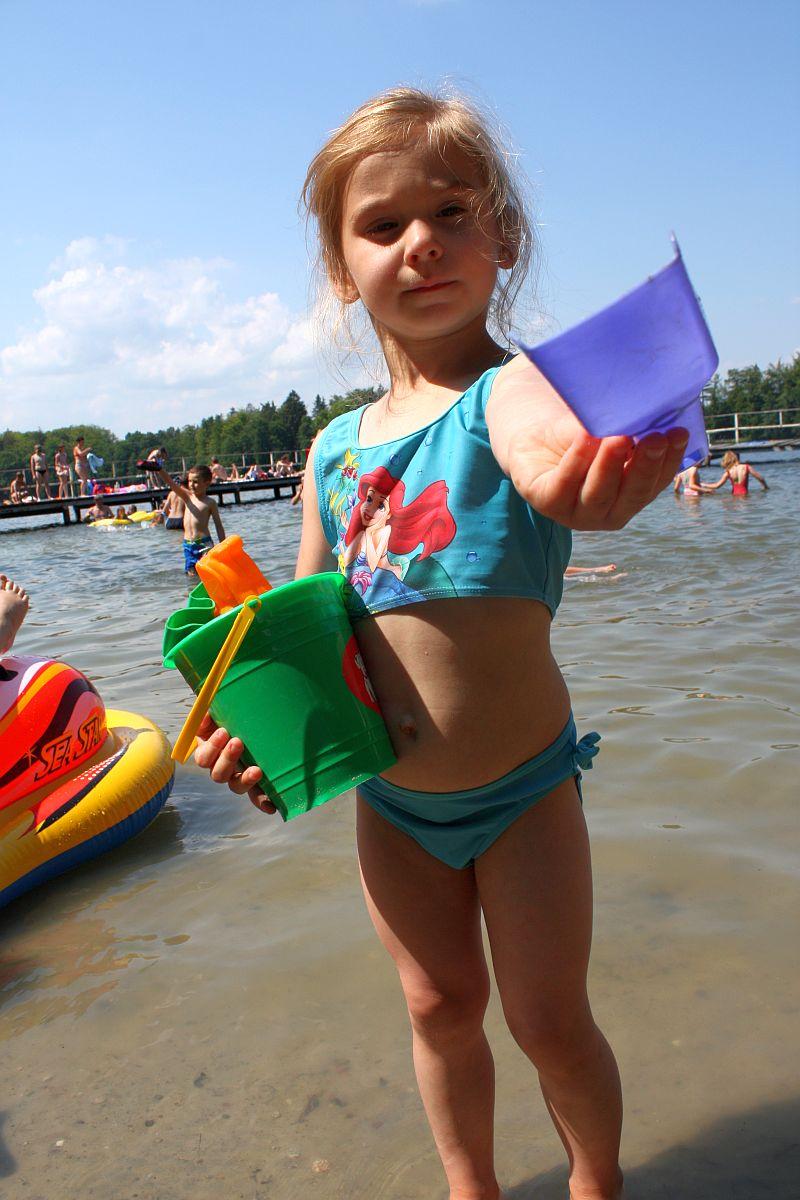 Zabawy nad jeziorem