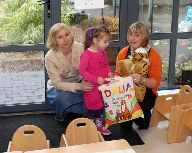 I got a story sack! (with mum and Ms. Catherine)
