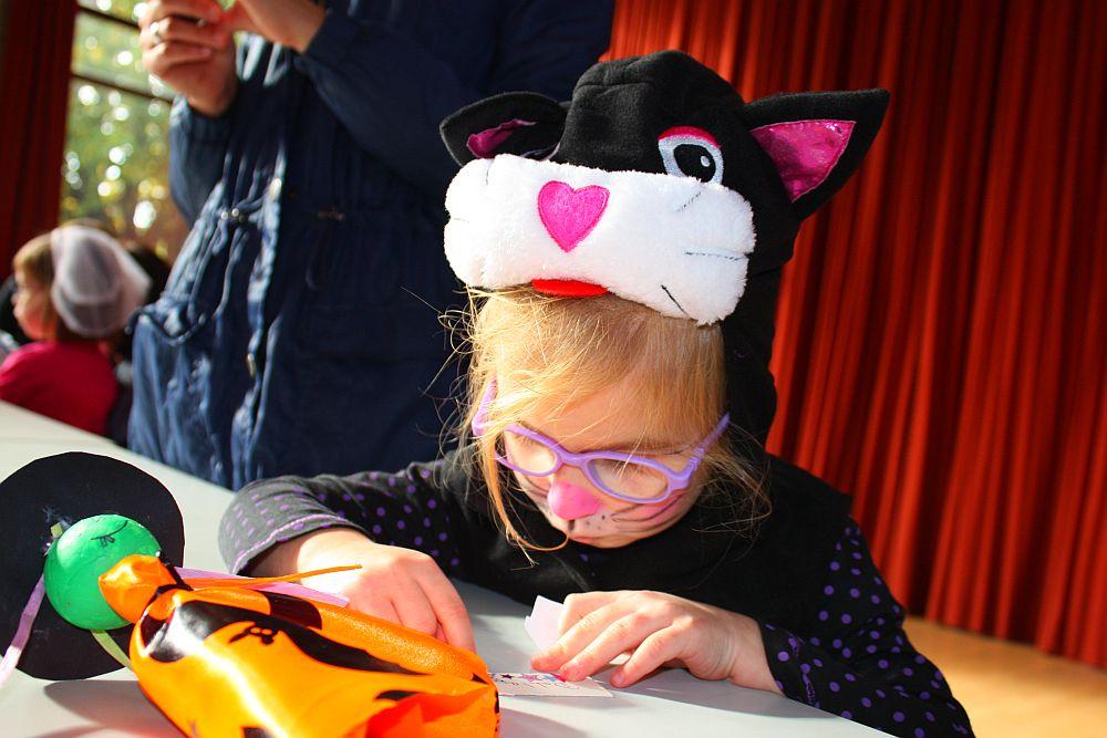 Halloween Party - wykonanie zadania
