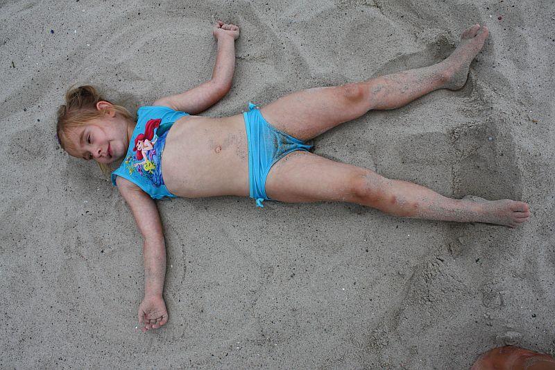 Orzełek na piasku