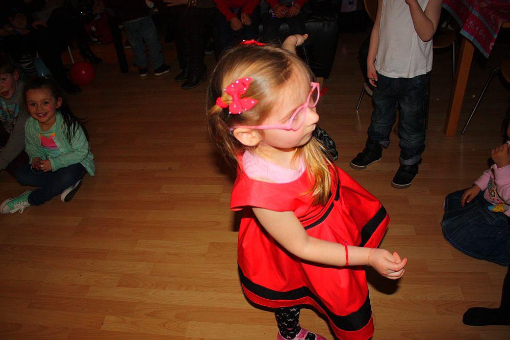 Urodziny Leili: pokazy tańca-Dalia