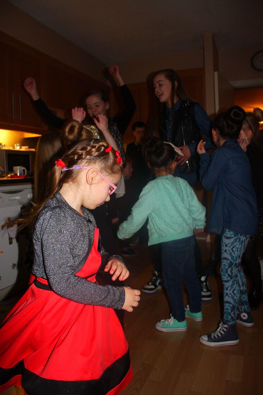 Urodziny Leili: tańce :)