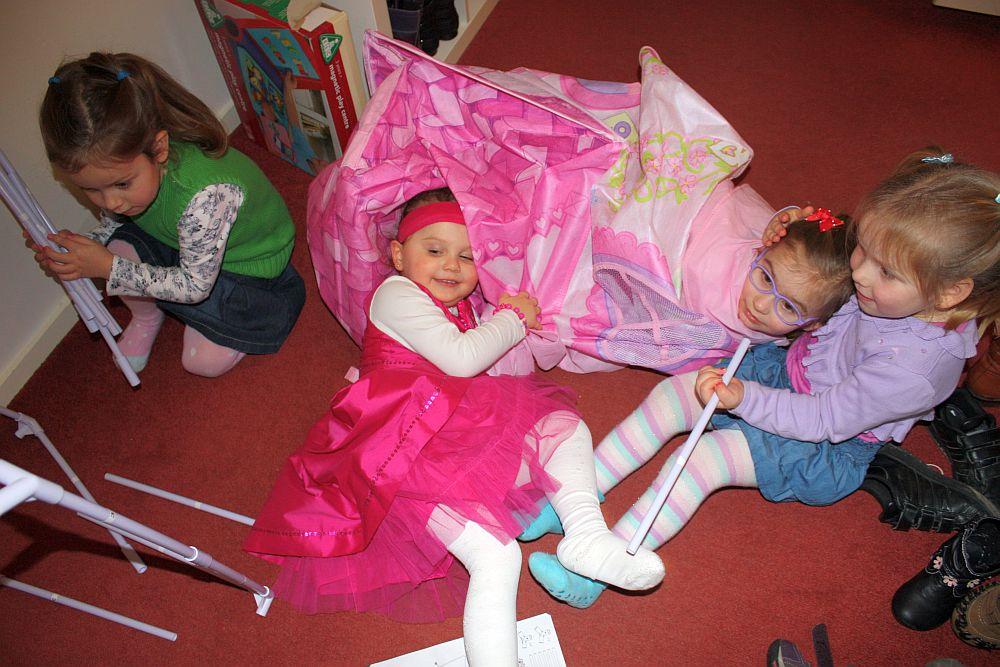 Urodziny Mimi: namiot