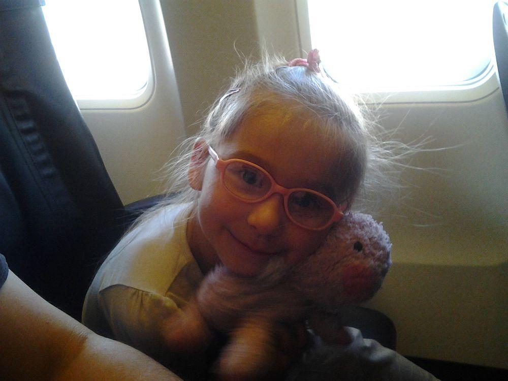 Dalia i Chrum w samolocie (lotnisko Dublin)