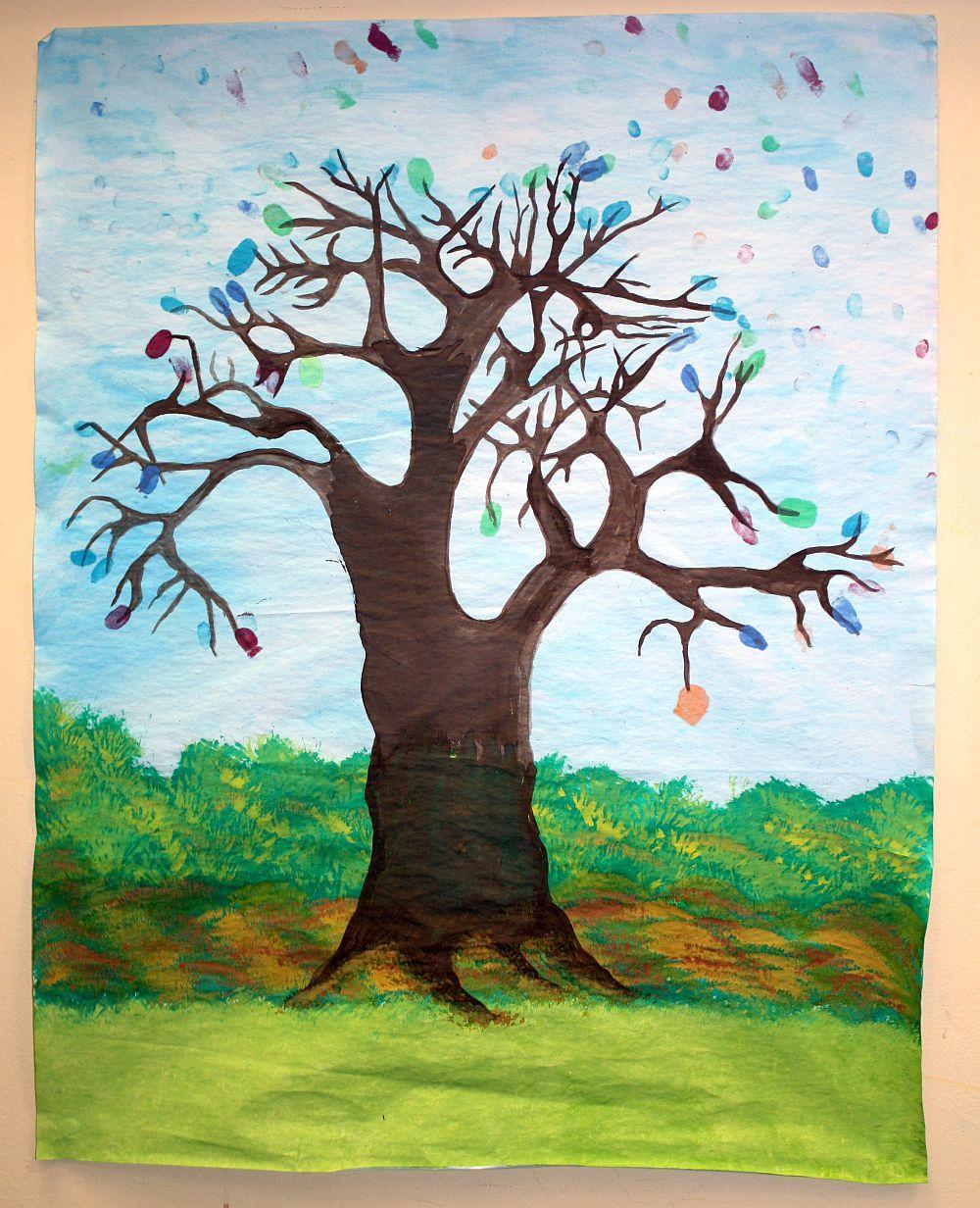 Drzewo w wykonaniu dzieci podczas DK