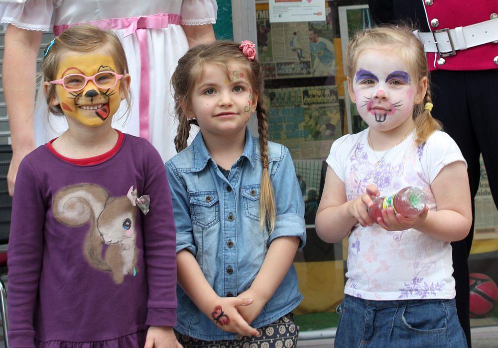 Dziewczyny podczas Dnia Kultur
