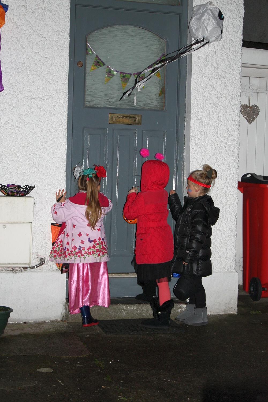 Halloween z Amelką i Nicole