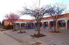 Na zdjęciu publiczna biblioteka
