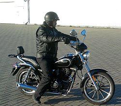 Pan Zenio na motorze