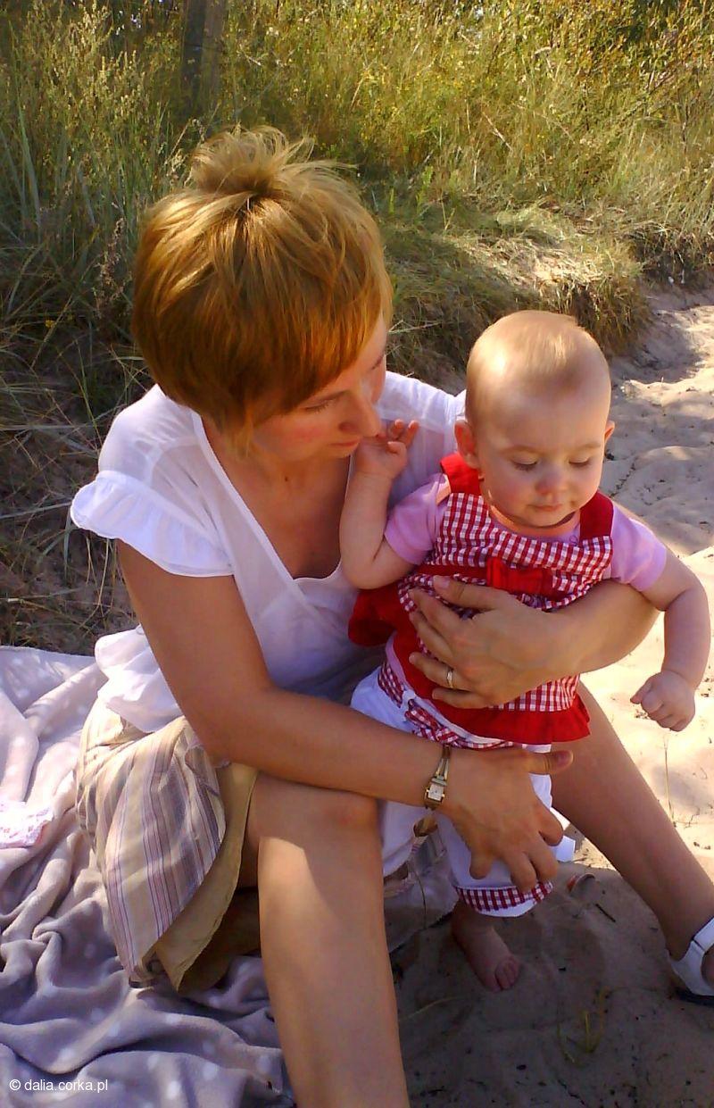 Z mamą na plaży