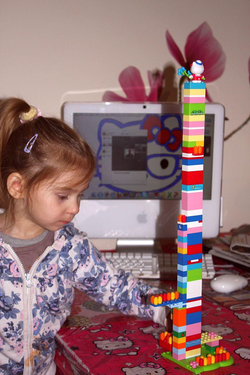 Zbudowałam z mamą wieżę!